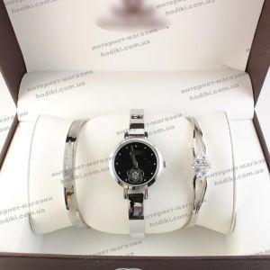 Наручные часы в подарочной коробке Chunel  (код 17498)