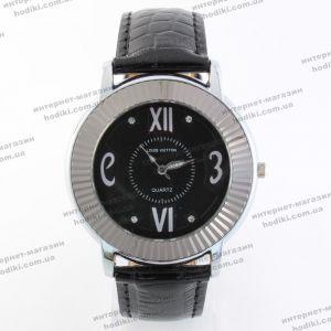 Наручные часы Louis Vuitton Уценка (код 18436)