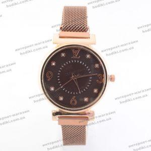 Наручные часы Louis Vuitton на магните (код 22046)