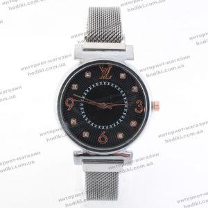Наручные часы Louis Vuitton на магните (код 22050)