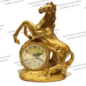 Настольные часы 2402 (код 6669)